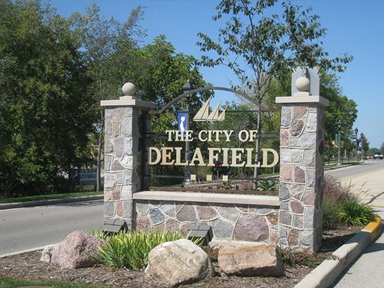 Delafield-welcome-sign